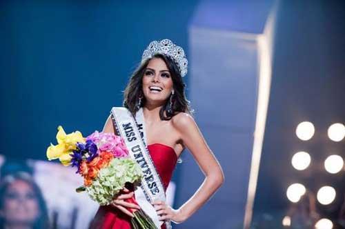 Jemine Navarrete Miss Universe 2010
