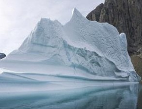 Pulau Es Kutub Utara Mencair